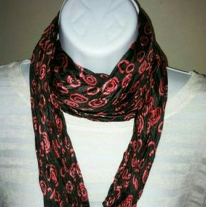 Accessories - New diamond shaped fashion scarf wrap
